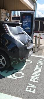 Bill would impose fines on Hawaii parking lot owners for not having EV spaces