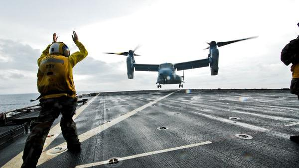 Boeing Roundup: Boeing gets $3.4B Apache contract…Analysts: Don't panic over slow jet sales