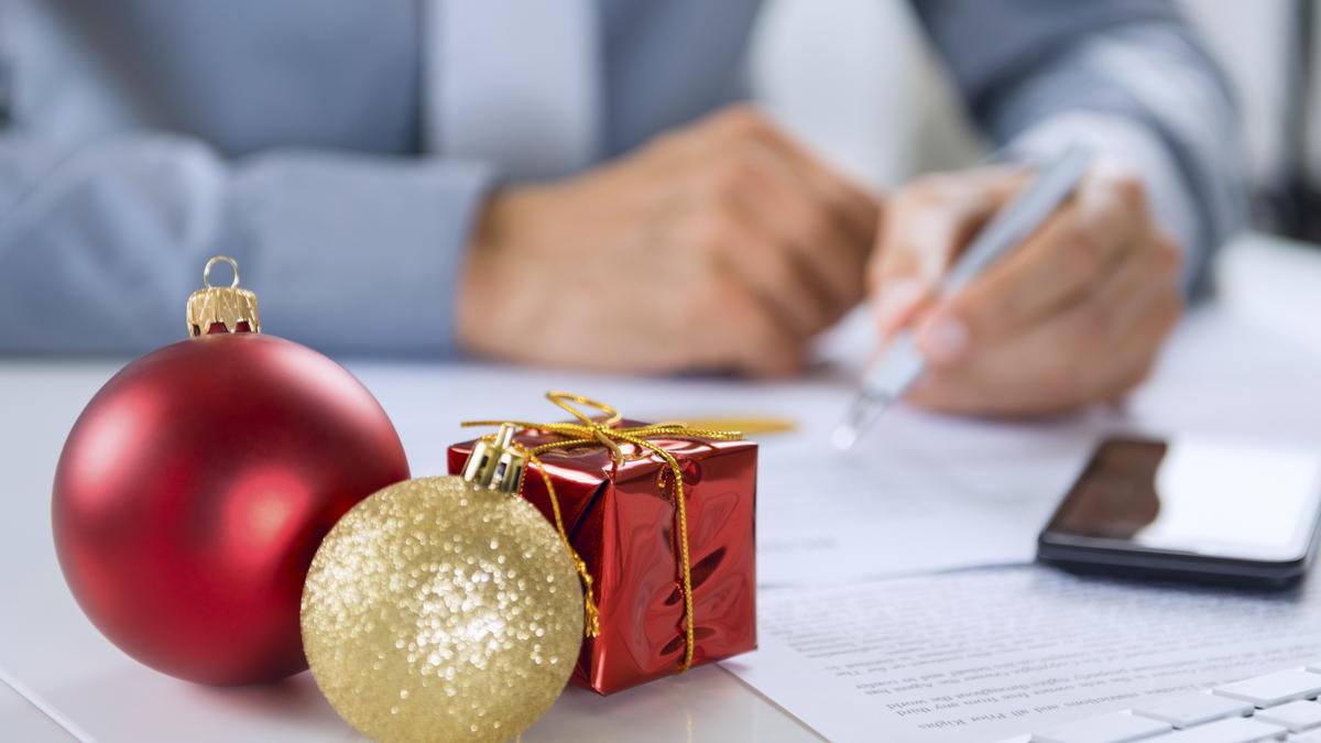 Купить подарки деловым партнерам на Новый год 2018