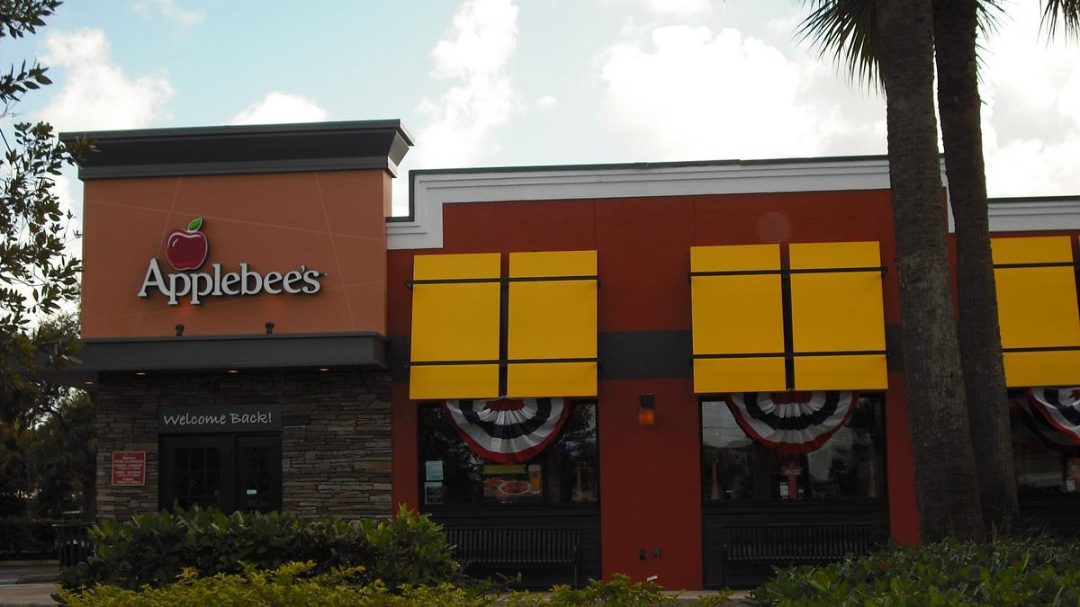 Restaurant menu, map for Applebee's located in , Austin TX, S Interstate Highway /5(70).