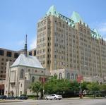 SLU Hospital nurses to vote Monday on union dues