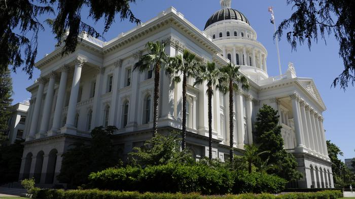 Pharmaceutical companies sue California over price-transparency law