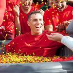 Skittles recruits former Arizona Cardinals QB <strong>Kurt</strong> <strong>Warner</strong> to amp up buzz about Super Bowl ad