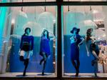 American Apparel restructuring plan gets court approval