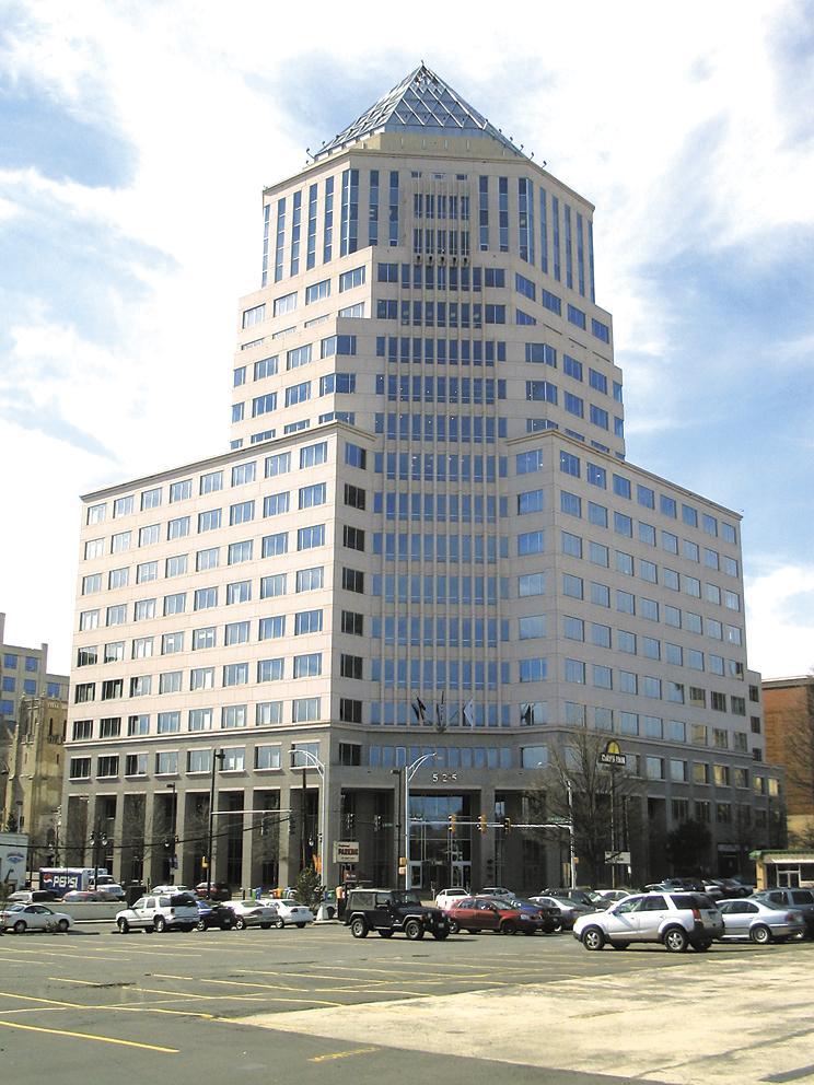 Regus Signs 10 Year Lease Renewal At 525 North Tryon Charlotte