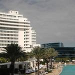 Fontainebleau Miami Beach loan boosted to $795M