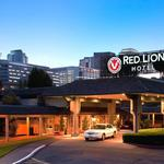 Red Lion Hotel Bellevue sells for $35.4M