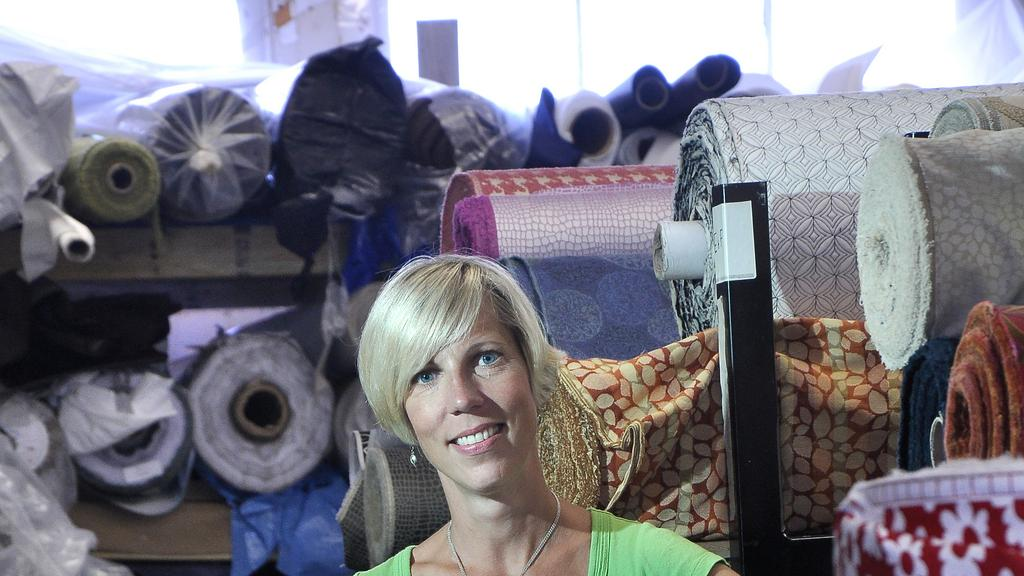 Moné T Handbags Takes Last Orders For Designer Products Albany Business Review