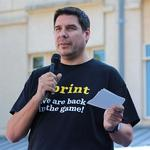 Sprint's Claure is highest-paid U.S. telecom CEO