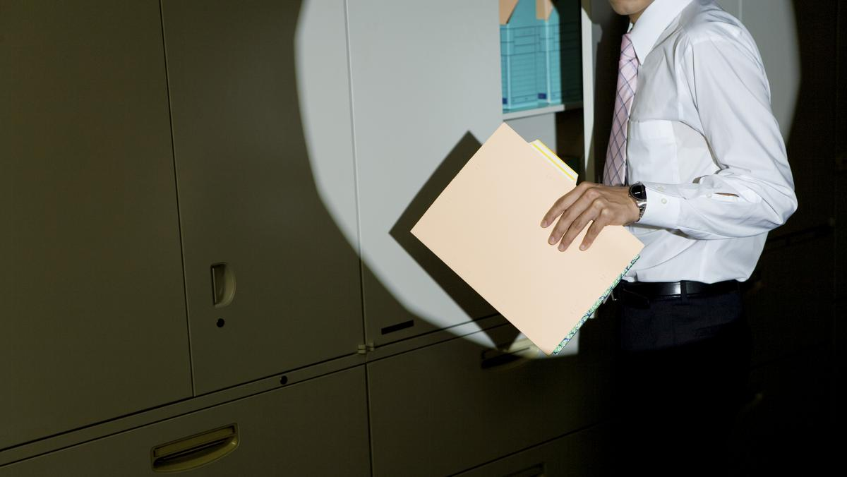 The 5 most common unethical behaviors in the workplace