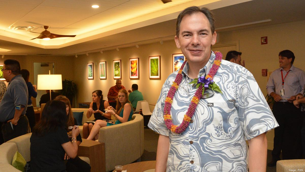 Hawaiian Airlines opens first of 6 new Premier Club