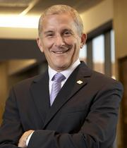 Paul Reynolds, Fifth Third Bancorp's chief risk officer, will retire next month.