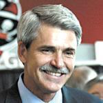 Raymond James CEO compensation jumps