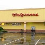 Universal Orlando-area shopping center sells for $21.5M