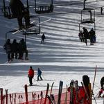 Colorado tourism sets records for visitors, spending in 2015