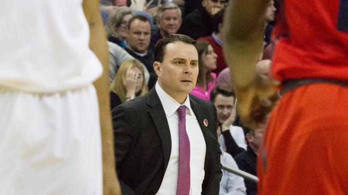 Dayton basketball coach taking over at Indiana