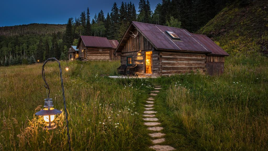 secluded property the forest hideaway nestled colorado cabin ha national routt against haven in cabins
