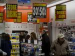 RadioShack's $1.4M executive bonus plan opposed by creditors