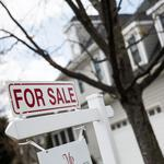 Snapshot: Homebuyers putting foreclosures behind + Jessica Simpson a $1B brand