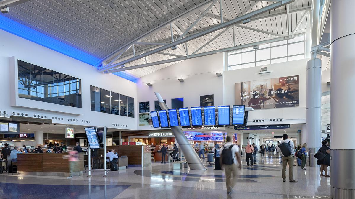 Wall Street Journal Ranks 20 Largest U S Airports