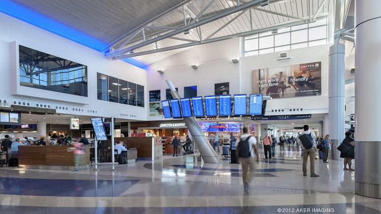 Wall Street Journal Ranks 20 Largest U S Airports Including