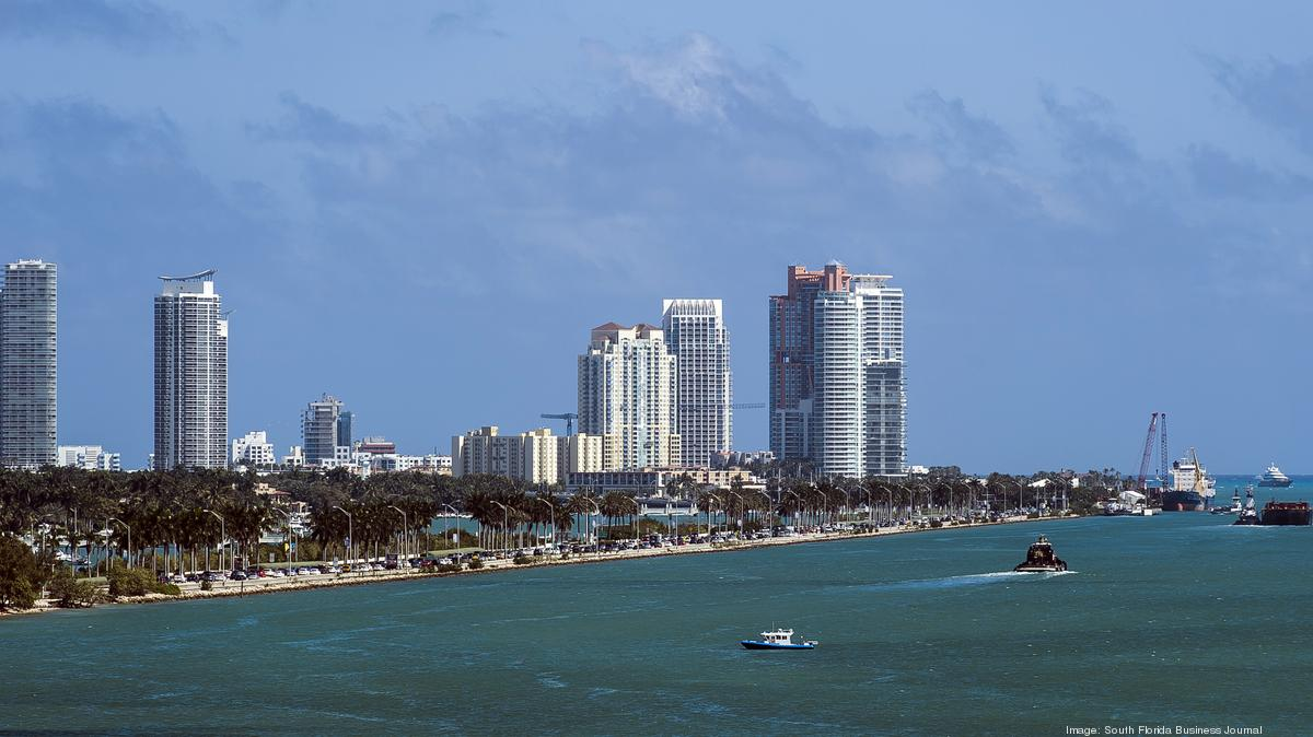 Collapse Of Florida Condo Boom >> Marlborough House Condo In Miami Beach Collapses Amid Redevelopment