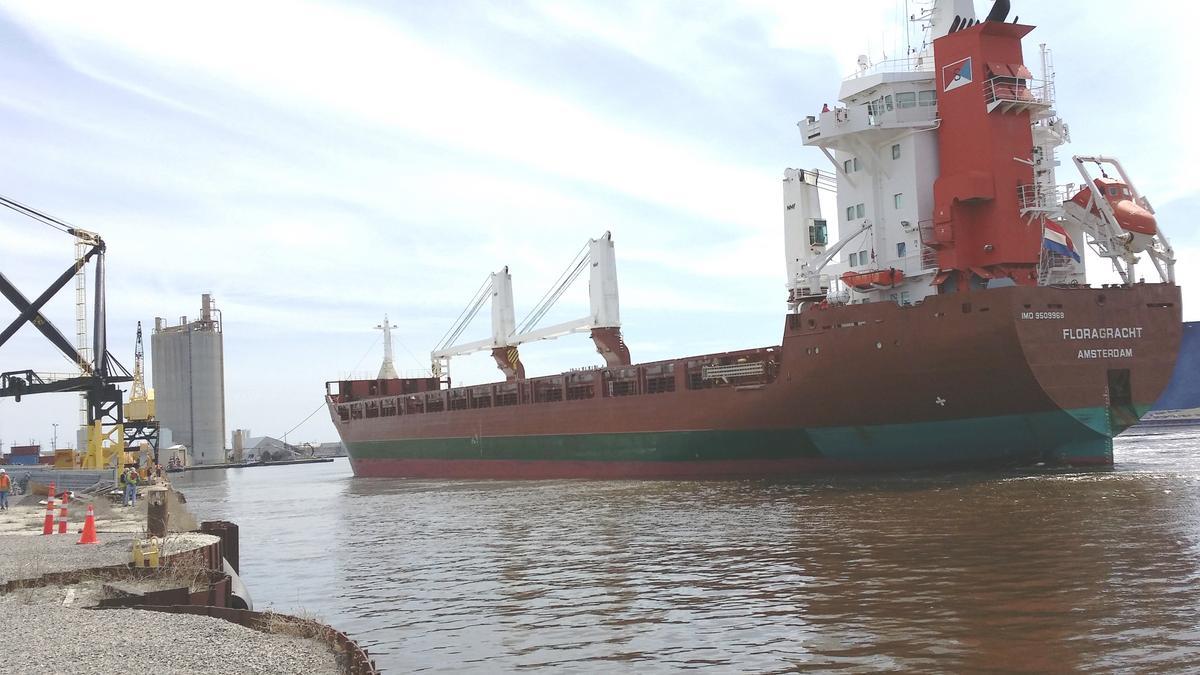 Port of Milwaukee's steel, salt and stone shipments generating jobs