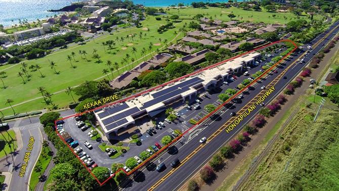 Maui resort retail center sells for $14M