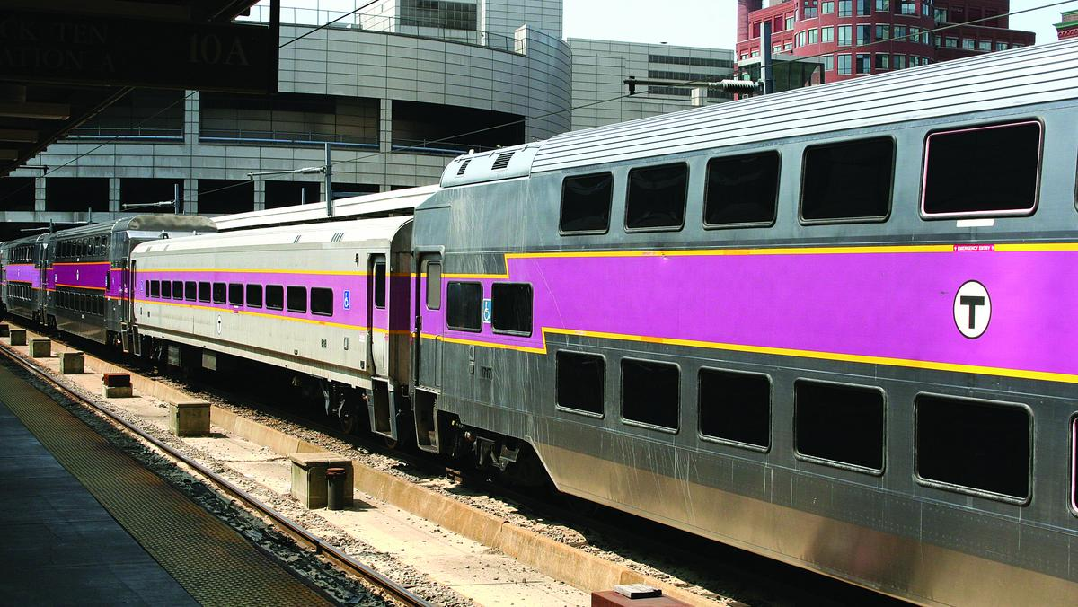 MBTA will allow commuter-rail riders to pay with credit card
