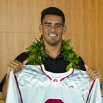 Experts offer advice on <strong>Mariota</strong>'s new wealth
