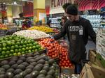 Analyst: Why King Soopers parent Kroger should buy Whole Foods