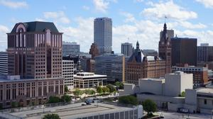 The 27 highest-paying jobs in the Milwaukee area