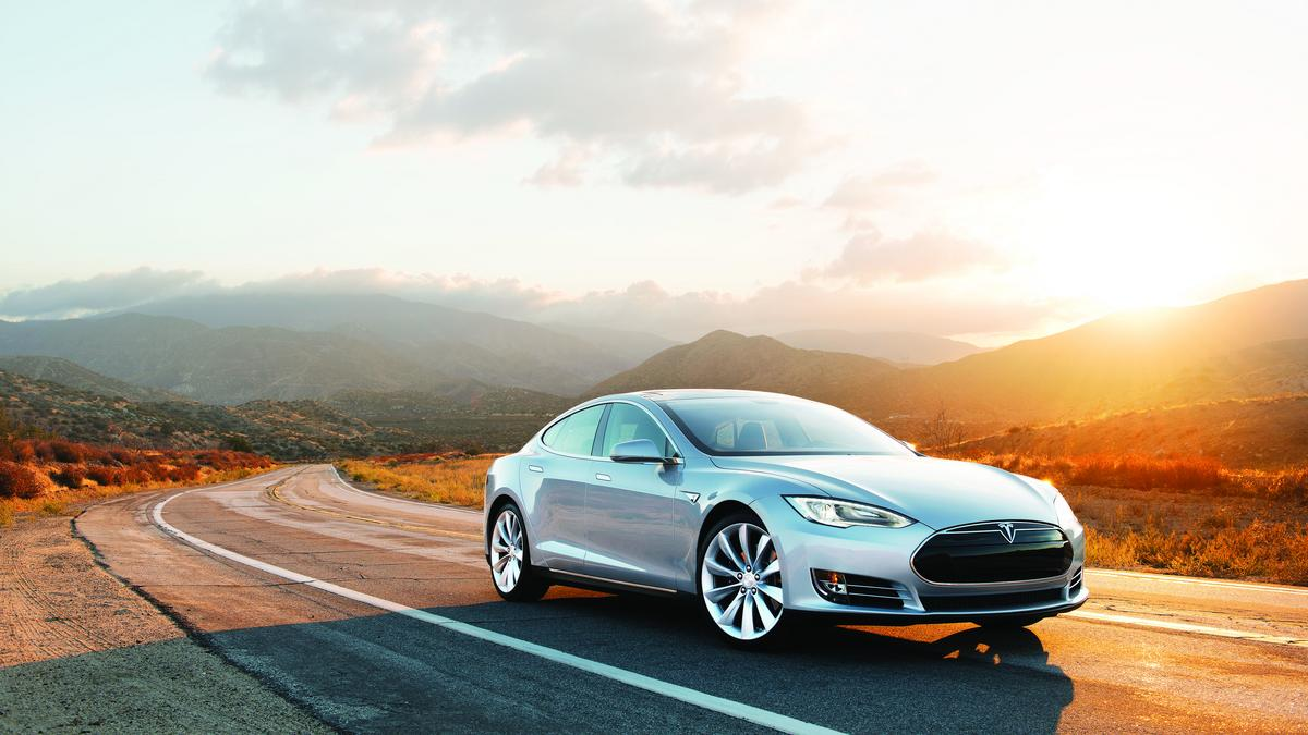 Tesla Opens A New York Gallery To Show Off Its New Cars New York Business Journal