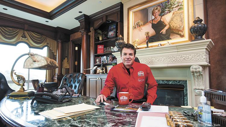 John Schnatter's neighbors are getting frustrated with his ...