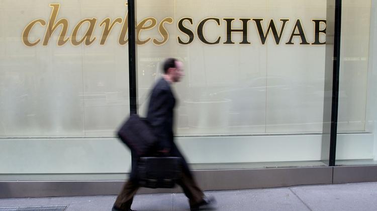 Pittsburgh's sixth Charles Schwab branch opens in Mt