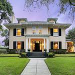 Home of the Day: Beautifully Maintained Historic Home in Courtlandt Place