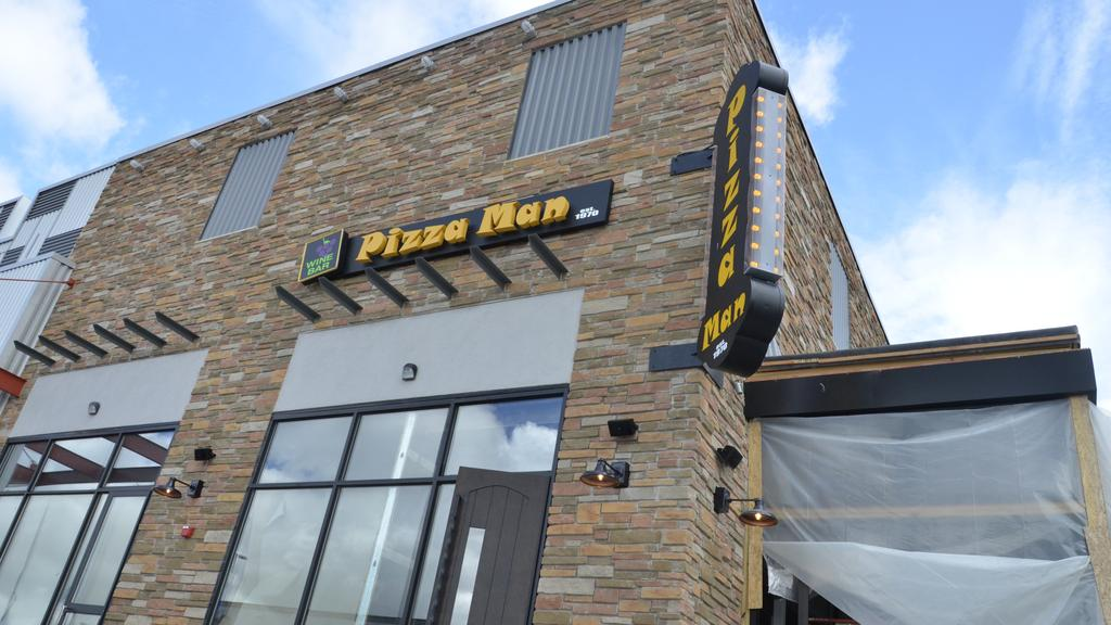 Pizza Man In Tosa Opening Ahead Of Schedule Milwaukee Business Journal
