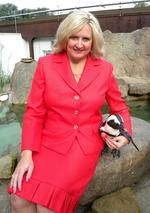 <strong>Cheryl</strong> <strong>Tracy</strong> named National Aviary managing director