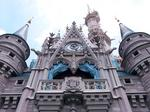 Disney theme parks see yet another strong quarter of biz