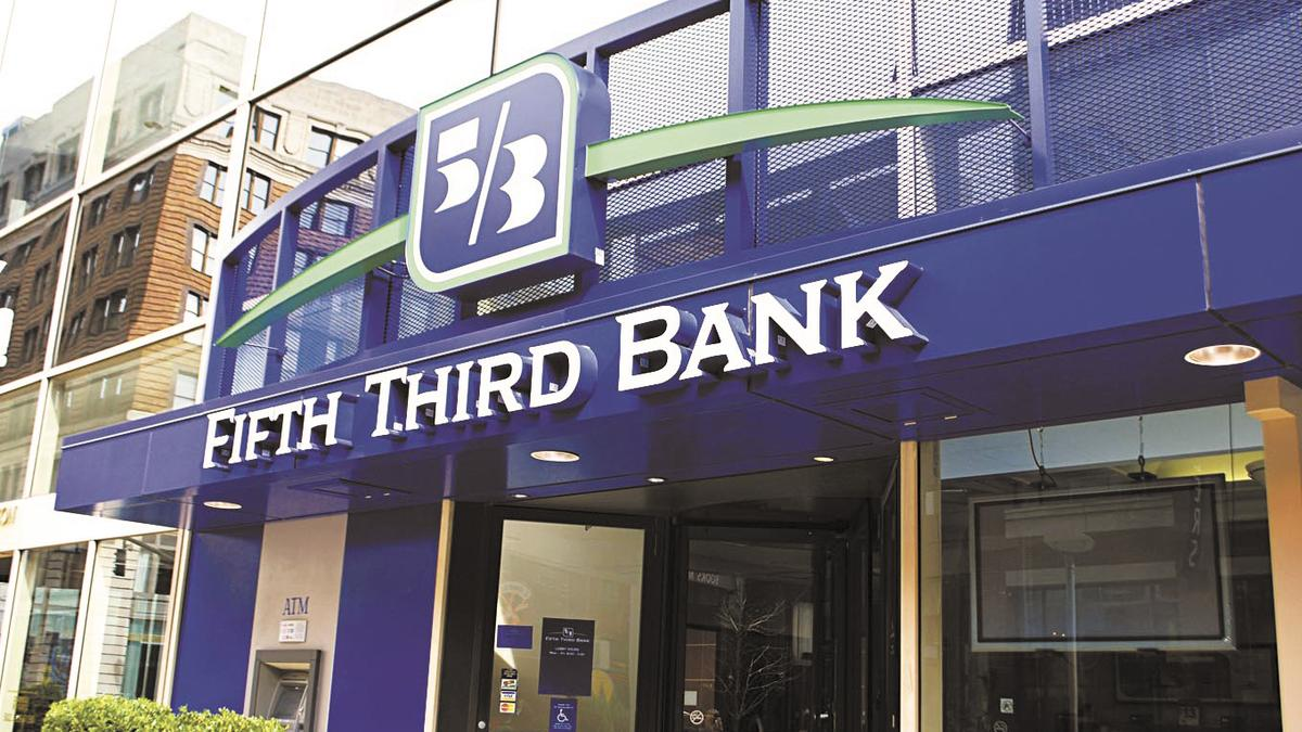 As Companies Aim To Be More Women Friendly Fifth Third