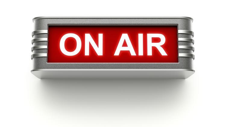 Oprindeligt Top Denver radio stations to change hands in Entercom-Lincoln EI75