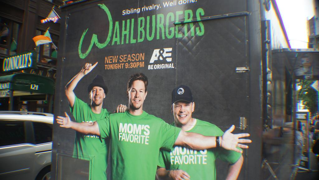 Wahlberg brothers looking forward to being part of Milwaukee debut of Wahlburgers