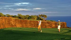Fate of billionaire Larry Ellison's Hawaii golf course up to state agency