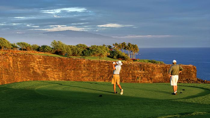 Hawaii land agency rules in favor of Larry Ellison's Lanai golf course