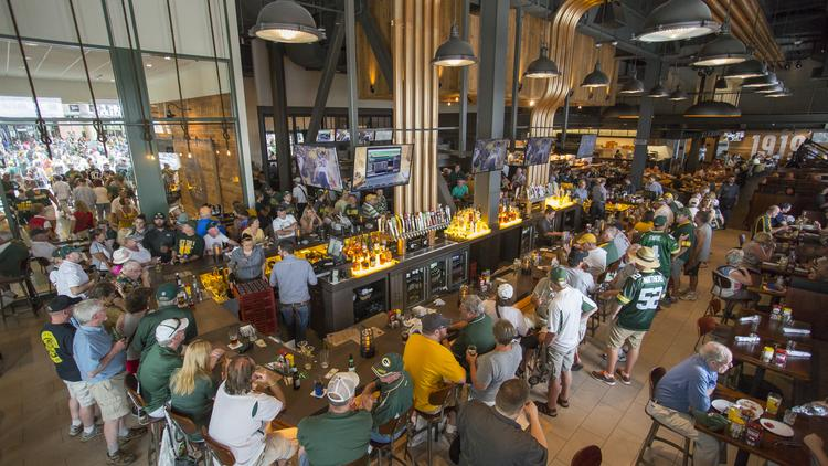 Get A Look Inside The Green Bay Packers New Restaurant At