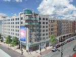 Banks hotel design gets panel's OK