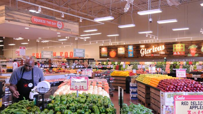 Kroger-backed Lucky's Market gears up for St. Pete opening