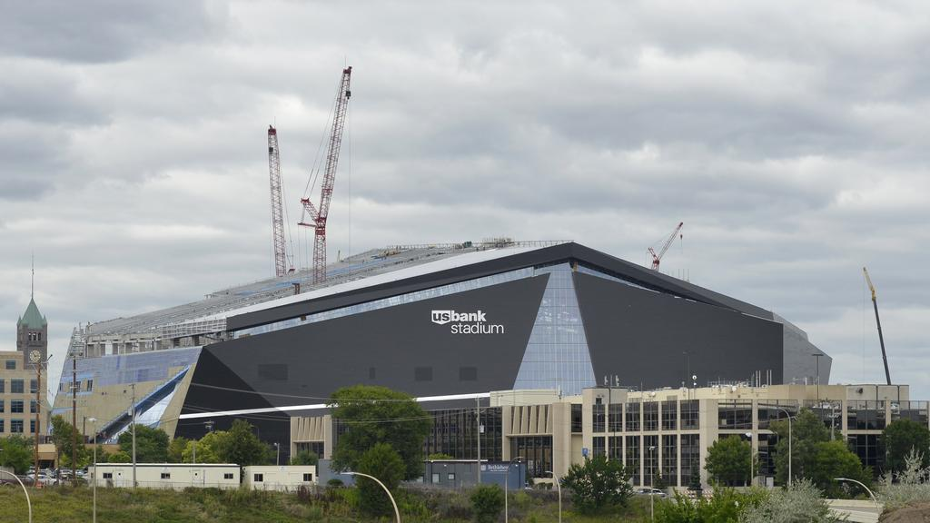 U.S. Bank Stadium Worker Killed, Another Injured In Fall   Minneapolis /  St. Paul Business Journal