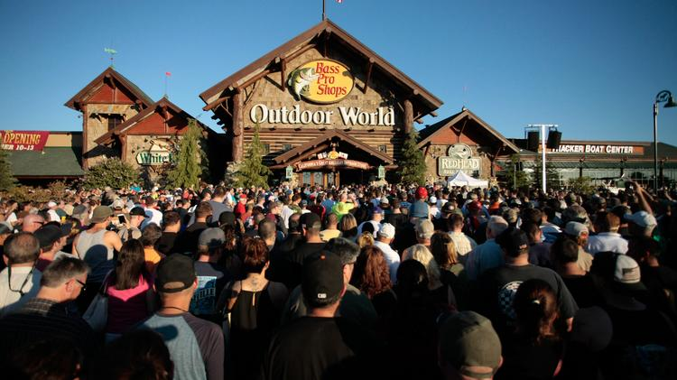 Crowds Surge Toward The Front Doors At Grand Opening Of B Pro S Outdoor