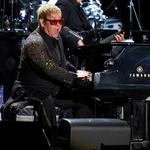 <strong>Elton</strong> <strong>John</strong> grosses $870K at near sellout in Savannah